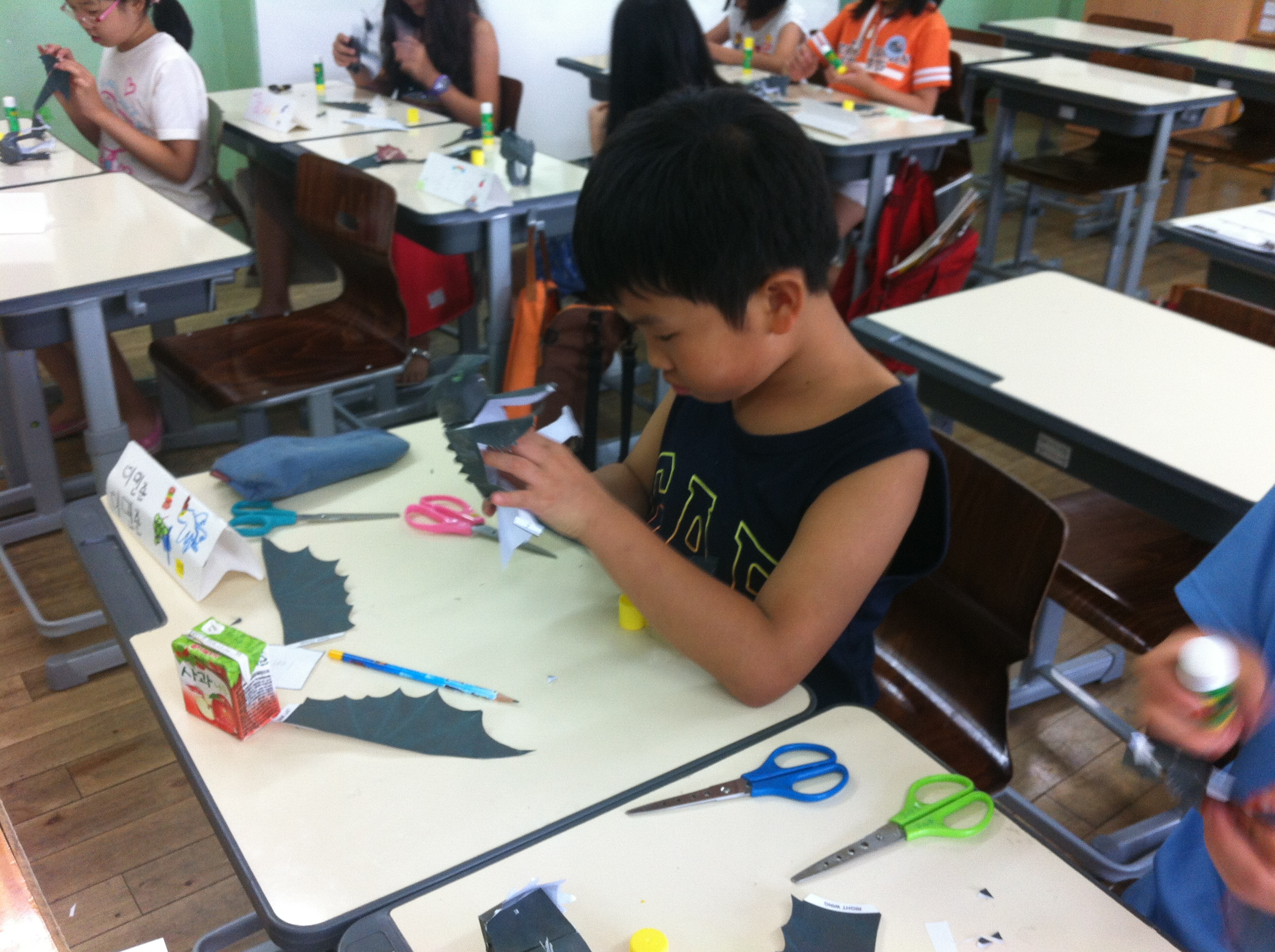 How to train your dragon summer camp day 4 design a dragon talk about how all dragons look different from each other let the kids draw and color their own dragon ccuart Image collections
